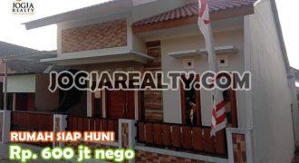 Rumah Dijual Cantik Megah Murah Siap Huni Di Timur Lottemart Maguwo Jogja   RUMAH DIJUAL DI JOGJA