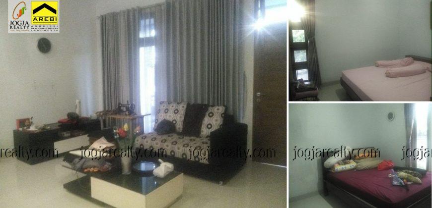 rumah dijual 2 lantai Jalan Damai Jogja