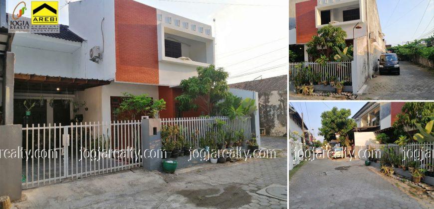 Rumah Siap Huni 2 Lantai Dijual Jogja Barat