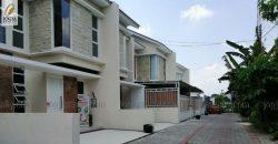 Rumah baru 2 lantai dijual dekat Malioboro