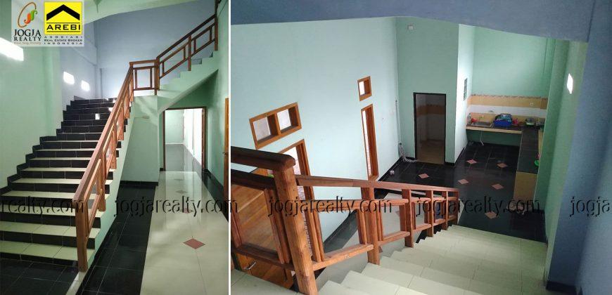 rumah 3 lantai dijual maguwoharjo jogja